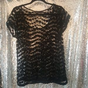 The Limited Mesh Dot Top